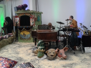 Pigs, bears, straw - the Ted Baker Show